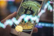 Стоит ли покупать биткоин сейчас или ждать коррекции?